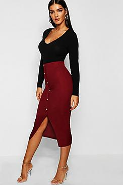 Se  Ribbed Mock Horn Button Through Midi Skirt ved Boohoo.com