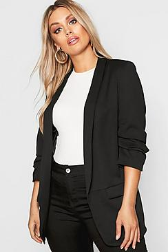 Se  Plus Ruched Sleeve Blazer ved Boohoo.com
