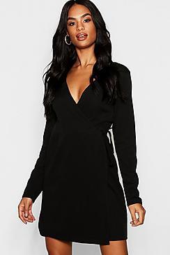 Se  Tall Wrap Skater Dress ved Boohoo.com