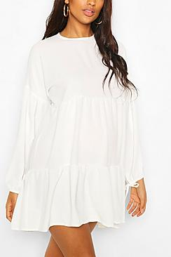 Se  Maternity Tiered Tie Sleeve Smock Dress ved Boohoo.com