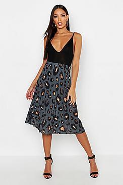 Pleated Leopard Print Midi Skirt